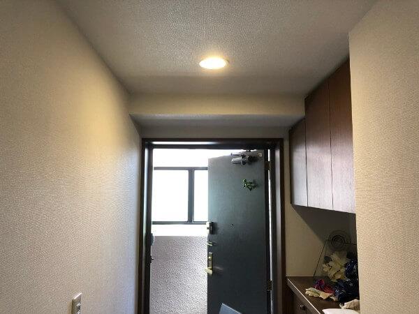 自動点灯の電球ライト/人感センサー1