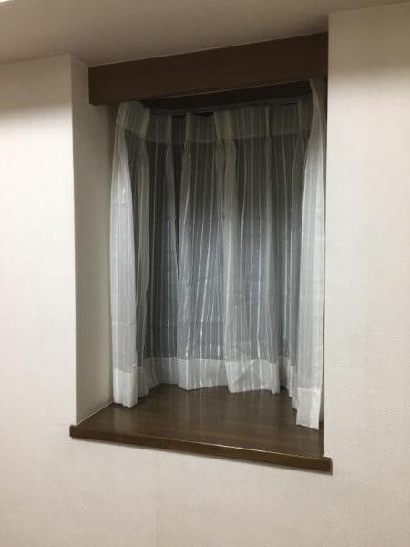 タチカワブラインドの木製ブラインドカーテンを取り付ける前3