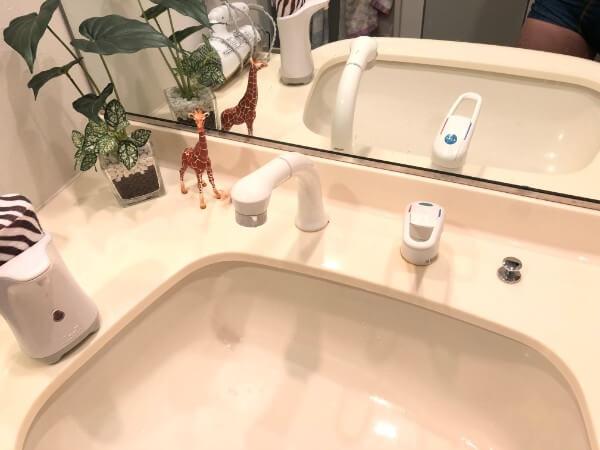 洗面所の蛇口/セパレート/ハンドシャワー付き2